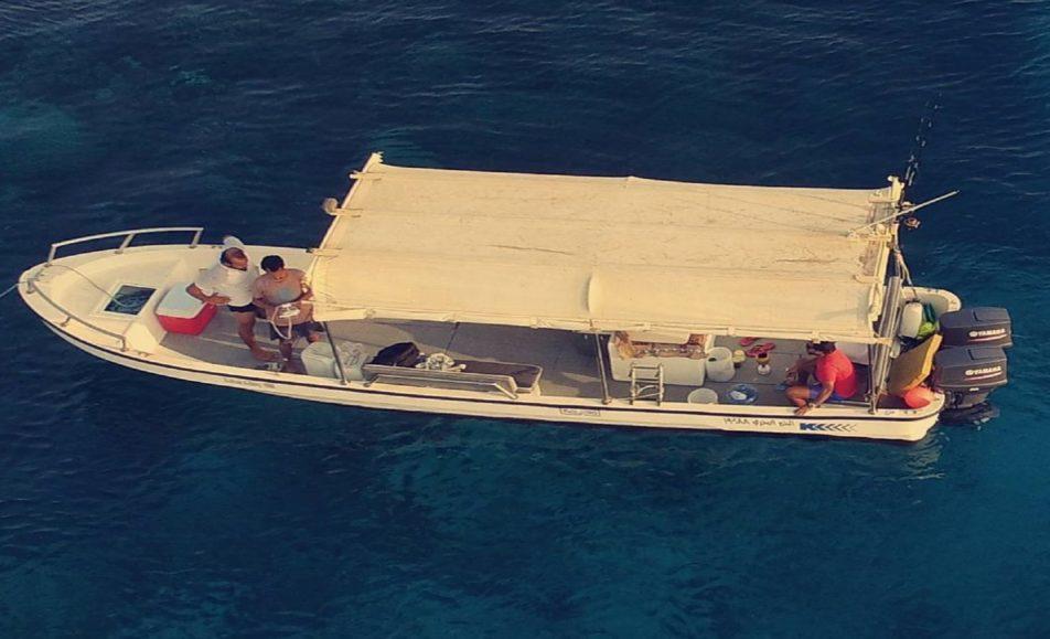 قارب الخير البحري