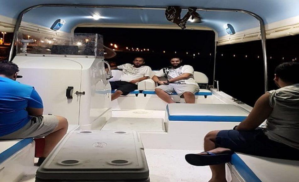 قارب نايف البحري